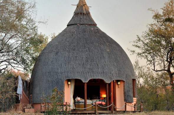 Combine wildlife & culture at this traditional Kruger Park safari lodge.