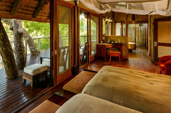 Rhino Post Safari Lodge in Kruger Park has comfortable twin room accommodation.